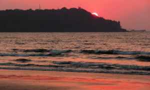 Пляж Каранзалем / Caranzalem beach